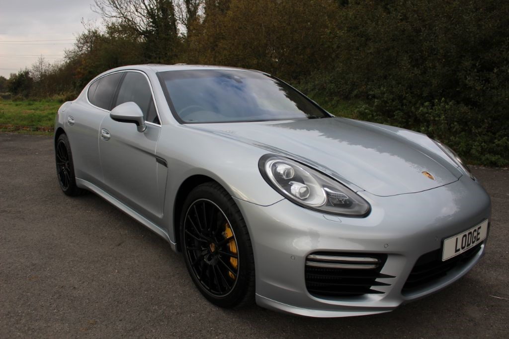 used Porsche Panamera 4.8 TURBO PDK (SAT NAV) SEE FULL SPEC!!! in Hampshire