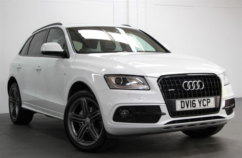 used Audi Q5 Tdi Quattro S Line Plus [190] (PAN ROOF, BLACK STYLING PACK !!) in west-byfleet-surrey