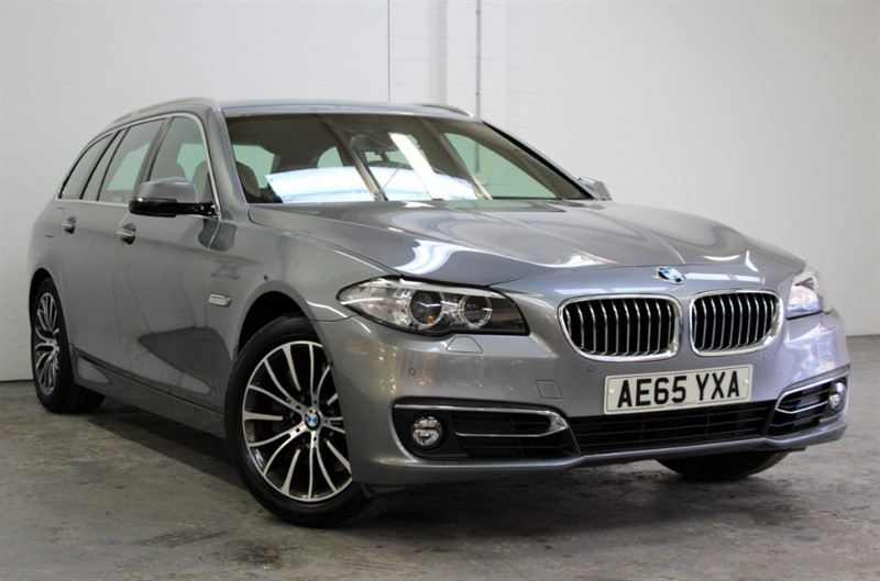 used BMW 528i Luxury Touring [245] (HUGE SPEC !! RARE PETROL !!) in west-byfleet-surrey