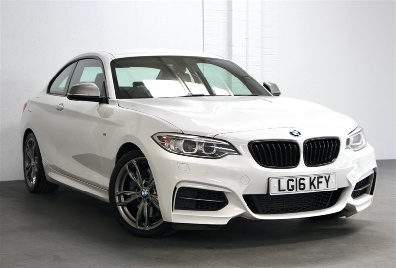 used BMW M235i Coupe [330] (1 PRIVATE OWNER & STUNNING !!) in west-byfleet-surrey
