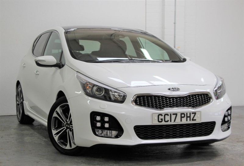 used Kia Ceed GT-LINE S ISG [118] (PAN ROOF !! JUST 11000 MILES !!) in west-byfleet-surrey