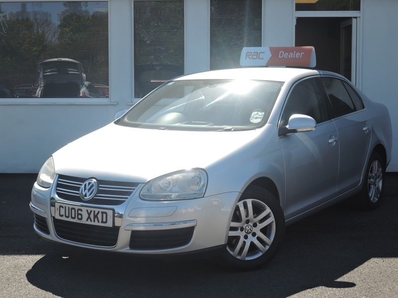 used VW Jetta SE FSI in WIRRAL