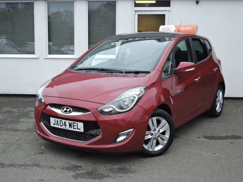 used Hyundai ix20 STYLE CRDI *PANORAMIC SUNROOF - £30 ROAD TAX* in WIRRAL