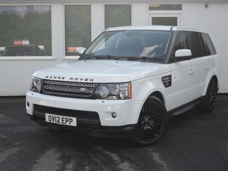 used Land Rover Range Rover Sport SDV6 HSE *Black Leather+Black Alloys+Privacy Glass* in WIRRAL