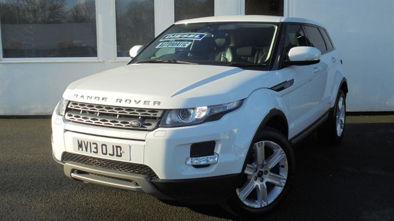 used Land Rover Range Rover Evoque SD4 PURE TECH *SAT NAV+Black Leather* in WIRRAL