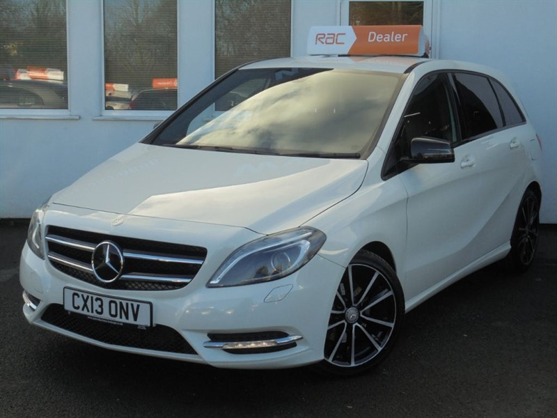 used Mercedes B200 CDI BLUEEFFICIENCY SPORT NAV *Black Leather+High Specification* in WIRRAL