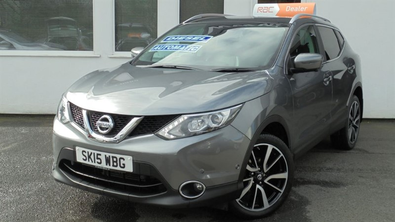 """used Nissan Qashqai DCI TEKNA *Pan Roof+Sat Nav+Camera+19"""" Alloys* in WIRRAL"""