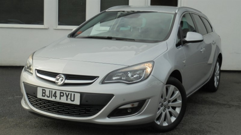 used Vauxhall Astra ELITE CDTI S/S **Black Leather+Full History** in WIRRAL