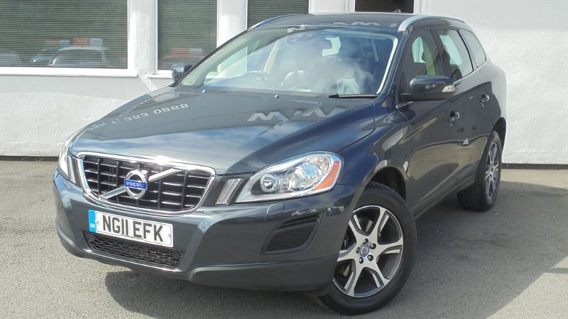 used Volvo XC60 D3 SE LUX**Parking Sensors + Leather + 18