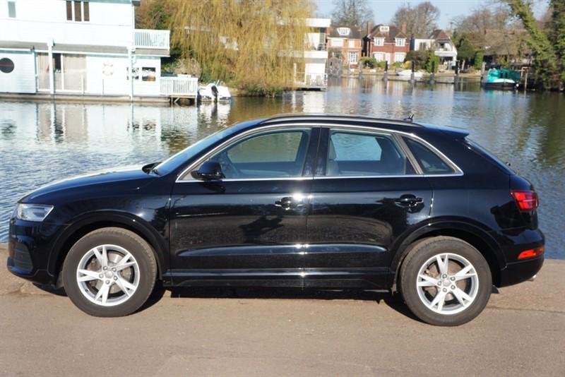 used Audi Q3 TFSI SE in hampton-court-surrey