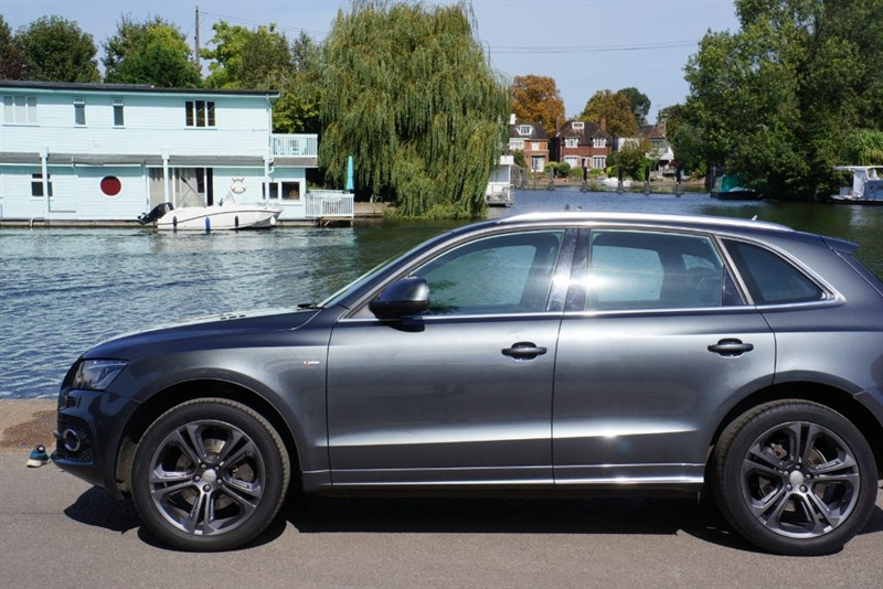 used Audi Q5 TDI QUATTRO S LINE SPECIAL EDITION in hampton-court-surrey