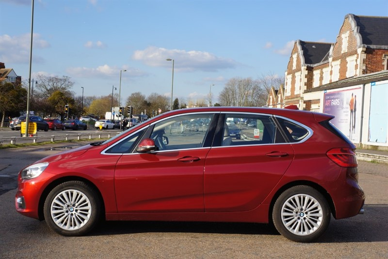 used BMW 218i LUXURY ACTIVE TOURER in hampton-court-surrey