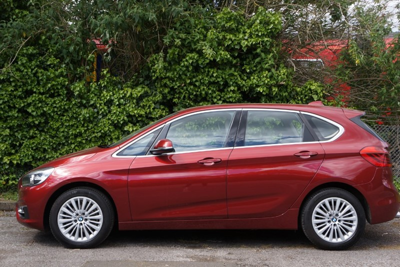 used BMW 218i LUXURY ACTIVE TOURER in hampton-court-surrey