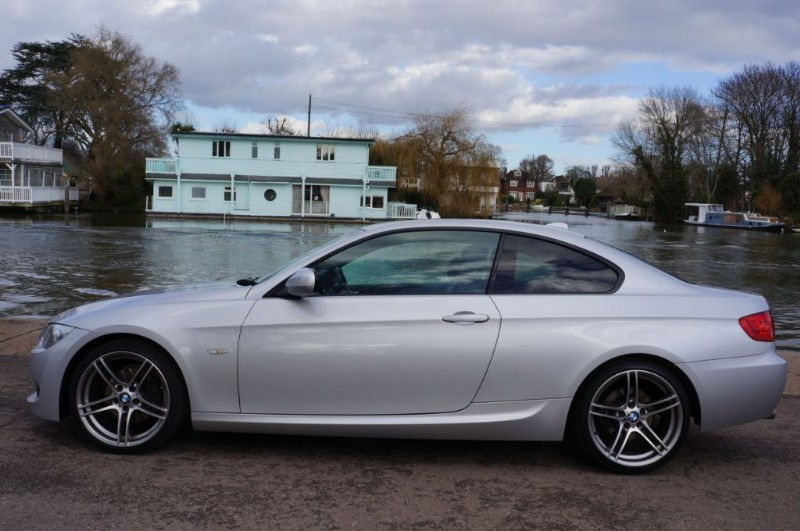used BMW 320d M SPORT in hampton-court-surrey