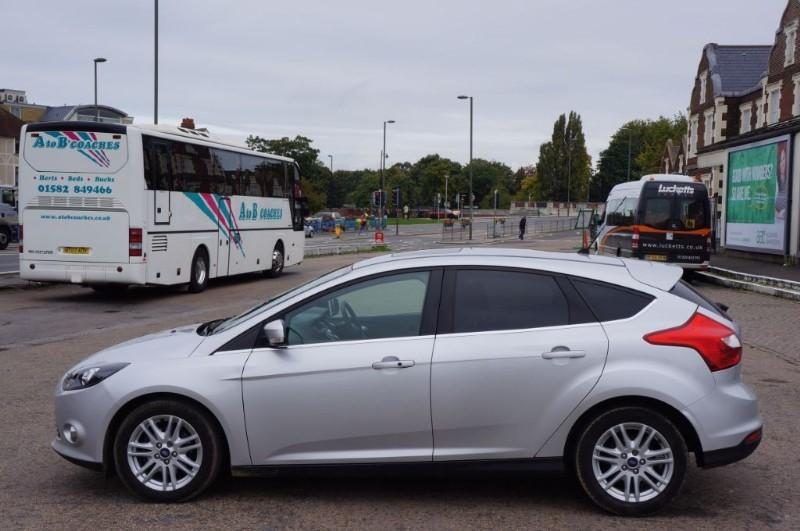 used Ford Focus TITANIUM ECONETIC TDCI in hampton-court-surrey