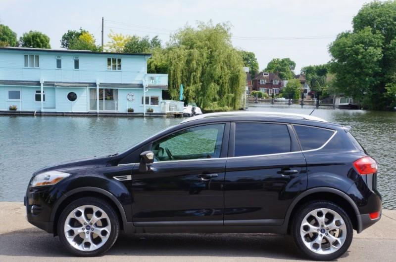 used Ford Kuga TITANIUM TDCI AWD in hampton-court-surrey