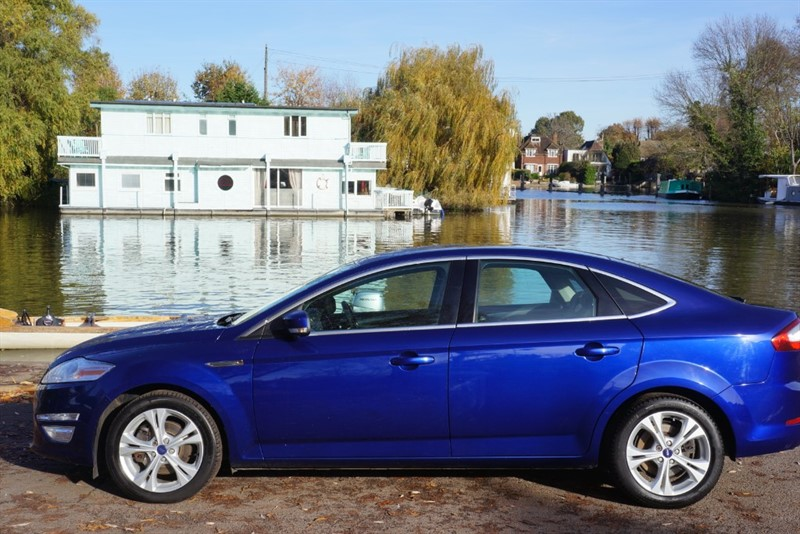 used Ford Mondeo TITANIUM X BUSINESS EDITION TDCI in hampton-court-surrey