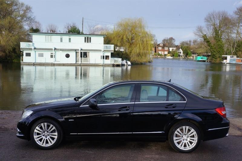 used Mercedes C220 CDI BLUEEFFICIENCY ELEGANCE in hampton-court-surrey