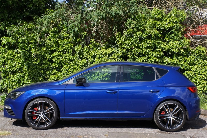 used SEAT Leon TSI CUPRA DSG in hampton-court-surrey