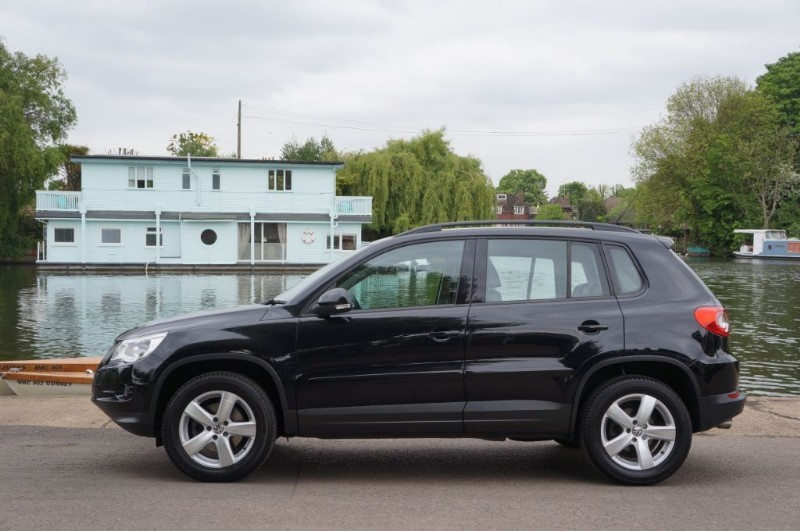 used VW Tiguan ESCAPE TDI in hampton-court-surrey