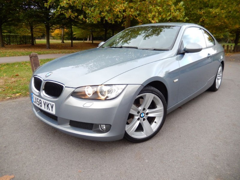 Used BMW 320d SE Coupe Automatic with Leather Trim in croydon