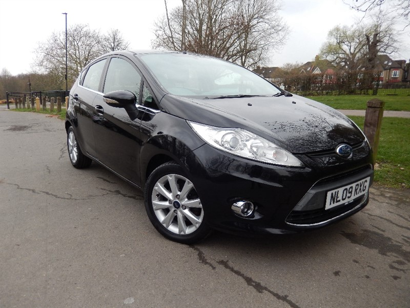 Used Ford Fiesta 1.4 ZETEC AUTOMATIC in croydon