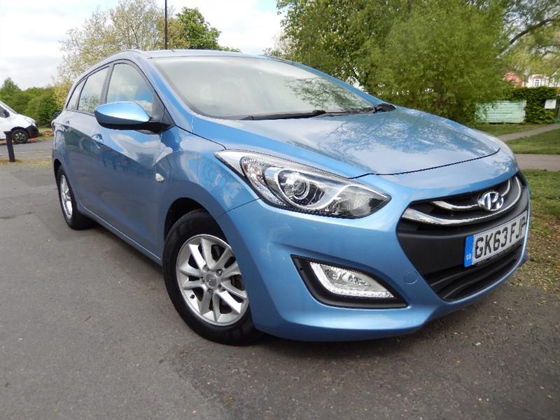Used Hyundai i30 1.6 Petrol ACTIVE ESTATE in croydon
