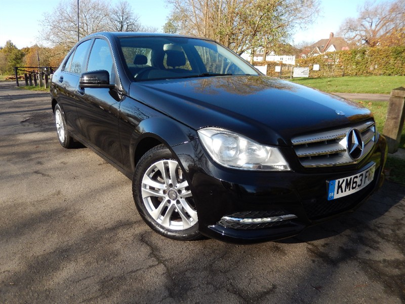 Used Mercedes C180 BLUEEFFICIENCY EXECUTIVE SE AUTOMATIC in croydon