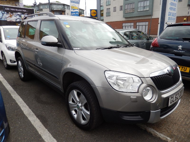 Used Skoda Yeti SE PLUS TSI DSG AUTO WITH SAT NAV in croydon