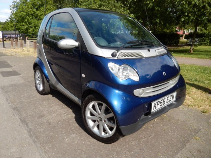 Used Smart Car Fortwo PASSION SOFTOUCH with Sunroof in croydon