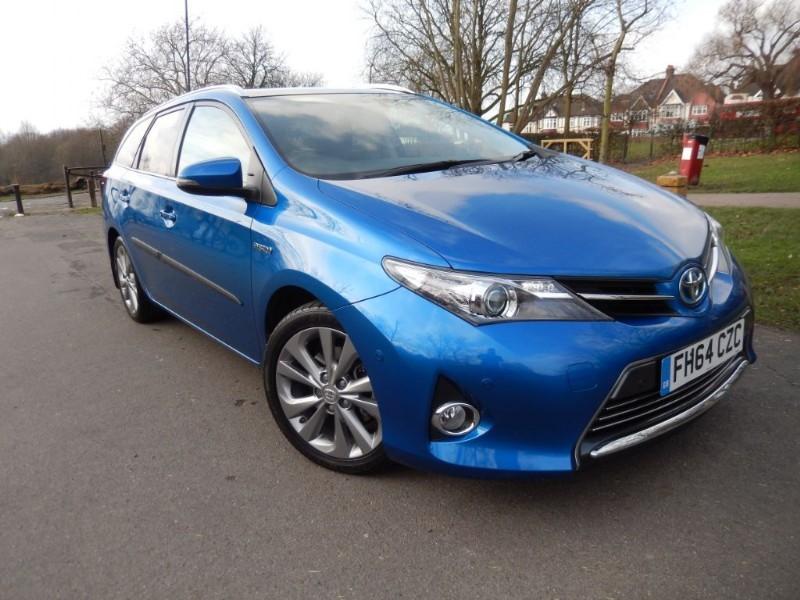 Used Toyota Auris VVT-I EXCEL Hydrid Touring Est  in croydon