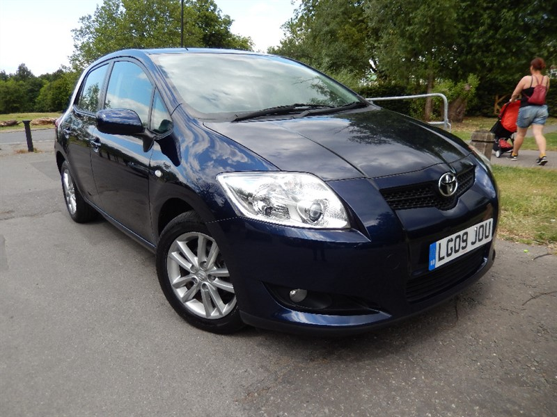Used Toyota Auris VALVEMATIC TR MM AUTOMATIC in croydon