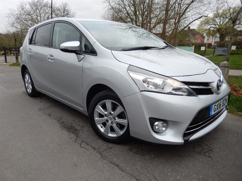Used Toyota Verso 1.8 petrol VALVEMATIC ICON Automatic 7Str in croydon
