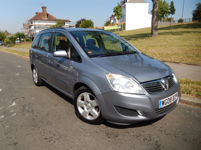 Used Vauxhall Zafira 1.6 EXCLUSIV Petrol 7 Seater in croydon