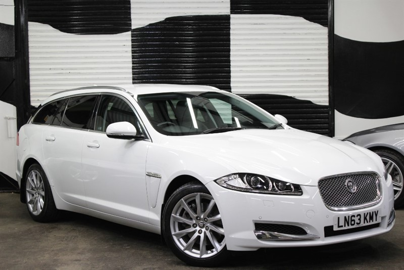 used Jaguar XF D V6 LUXURY SPORTBRAKE in basingstoke-hampshire
