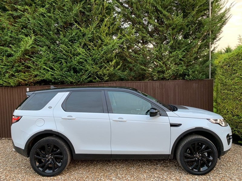 used Land Rover Discovery Sport TD4 HSE LUXURY in basingstoke-hampshire