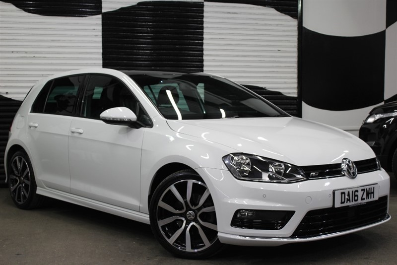 used VW Golf R LINE EDITION TDI BMT DSG in basingstoke-hampshire