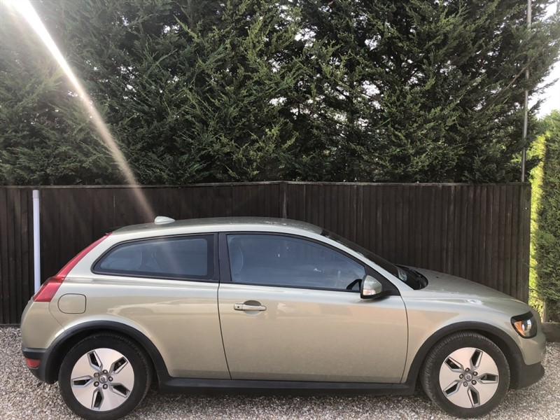 used Volvo C30 D DRIVE S in basingstoke-hampshire