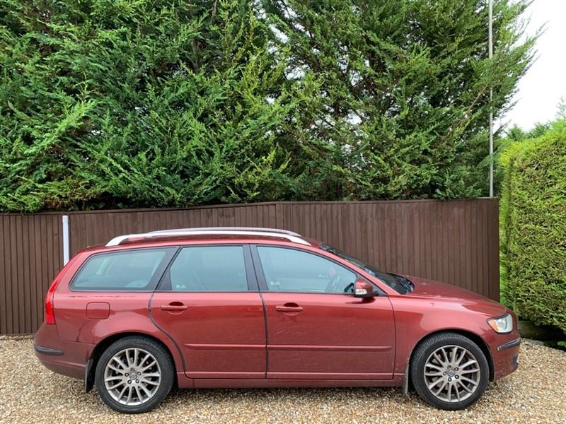 used Volvo V50 D SE LUX in basingstoke-hampshire