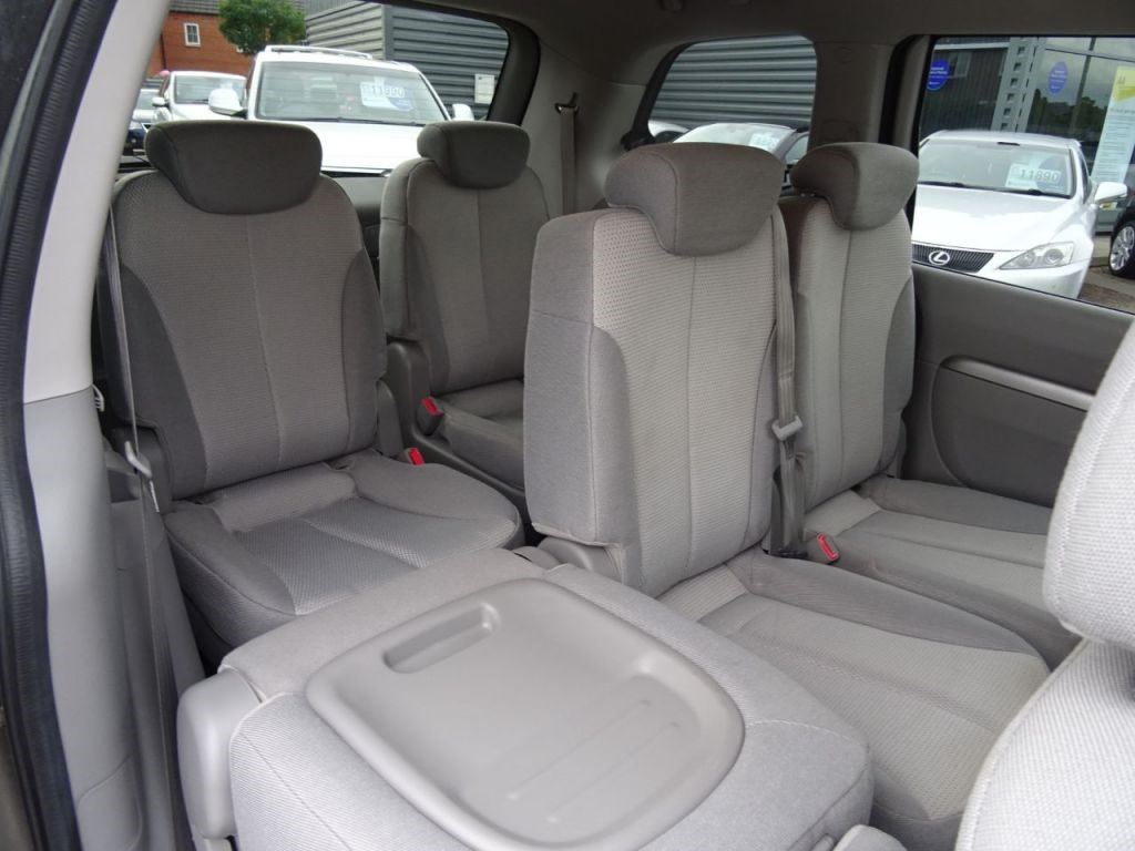 Kia Sedona In Barford Warwickshire Compucars Seats Vehicle Image