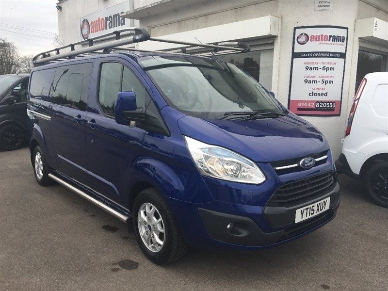 used Ford Transit Custom 2.2 TDCi 290 L2H1 Limited Double Cab-in-Van 6dr in hertfordshire