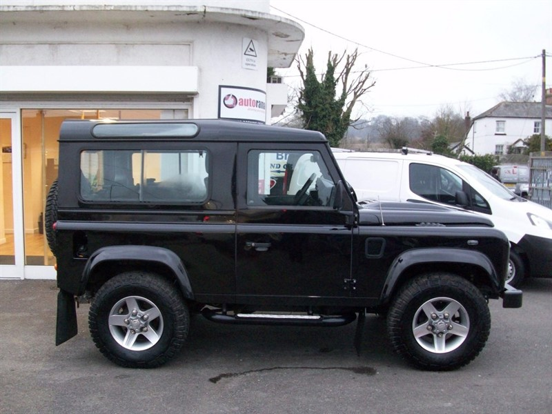 used Land Rover Defender 90 TD XS Station Wagon DPF 3dr in hertfordshire
