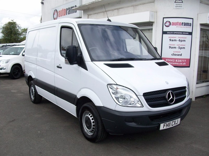 used Mercedes Sprinter 2.1 CDI 313 4dr SWB in hertfordshire