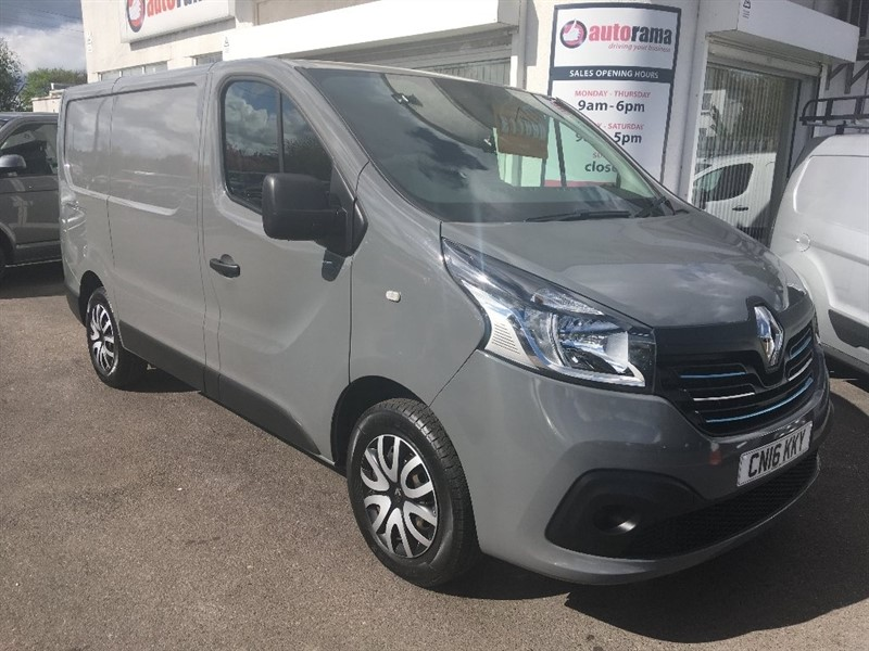 used Renault Trafic dCi SL27 Business+ Low Roof Van 5dr in hertfordshire