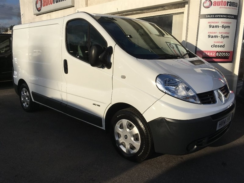 used Renault Trafic dCi SL29 Low Roof Van 3dr (EU5) in hertfordshire