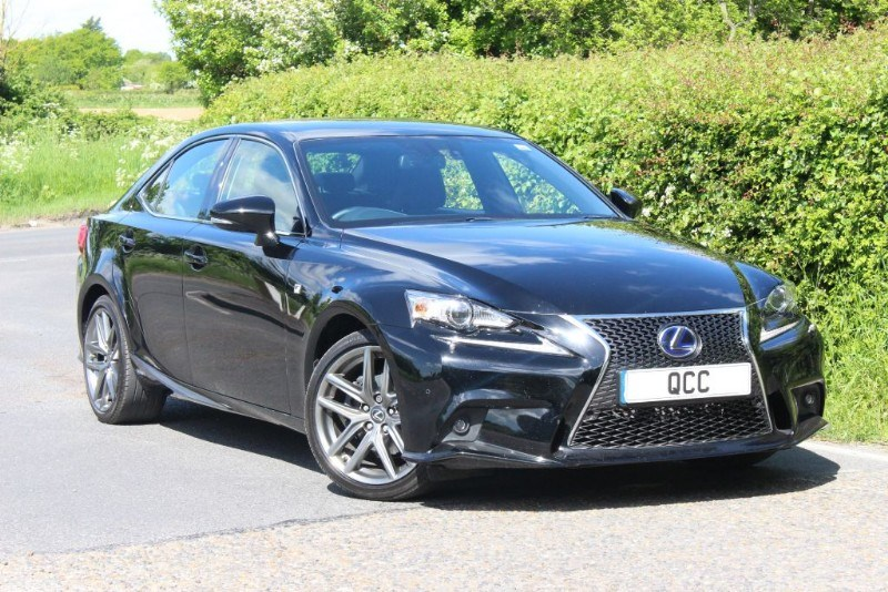 lexus is is 300 h f sport quirks car company. Black Bedroom Furniture Sets. Home Design Ideas