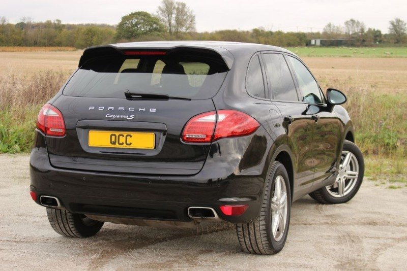 porsche cayenne v8 s tiptronic s quirks car company. Black Bedroom Furniture Sets. Home Design Ideas