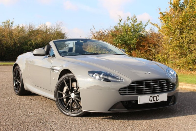 used Aston Martin Vantage V8 ROADSTER SPORTSHIFT AUTO 420 BHP in essex-for-sale