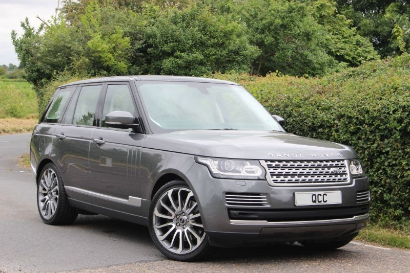 used Land Rover Range Rover 4.4 SDV8 VOGUE SE WITH PANORAMIC ROOF in essex-for-sale