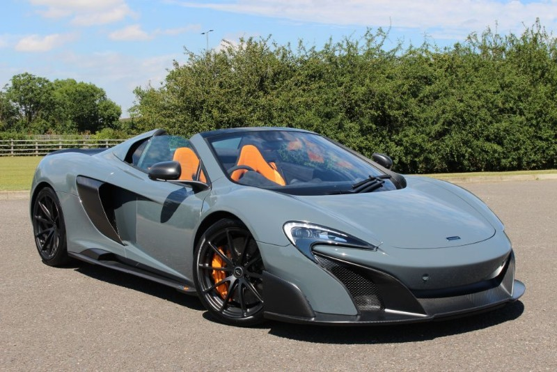 used Mclaren 675LT V8 SPIDER DCT in essex-for-sale